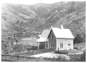 Cable Bay History 4